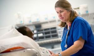 В 2015 году медсестрам передадут часть обязанностей врачей