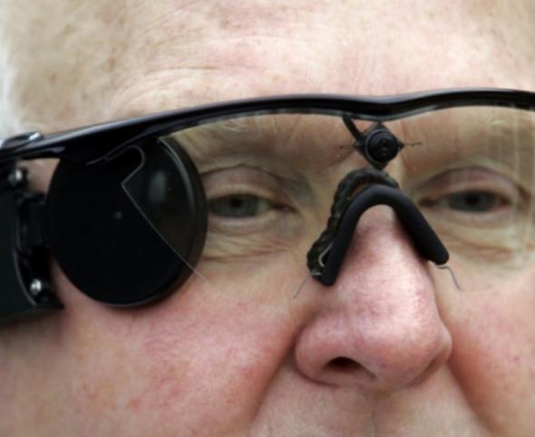 Вернуть зрение поможет встроенная видеокамера