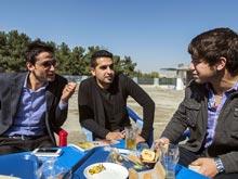 Встречи с друзьями избавляют мужчин от стресса