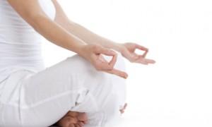 Медитация помогает пожилым людям справиться с бессонницей