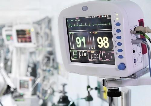 Правительство РФ ограничило госзакупки иностранных медизделий