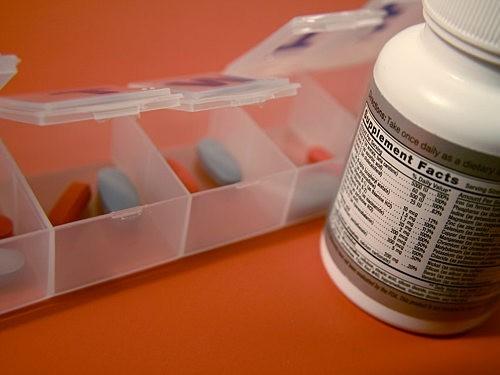 Госдума предложила проводить клинические испытания БАДов