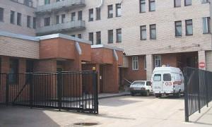 Петербургский суд арестовал сотрудников «скорой», задержанных за избиение пациента