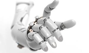 В Петербурге разработана перчатка-робот для восстановления мелкой моторики после инсульта