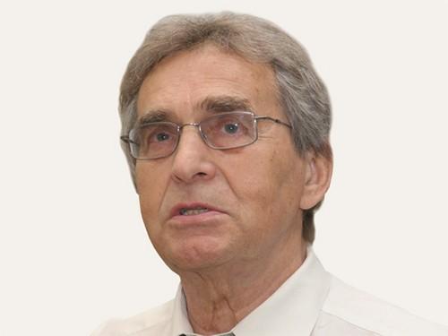 Нейрохирург Коновалов удостоился почетной международной награды