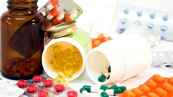 Фармкомпании объяснили, почему лекарства стоят так дорого