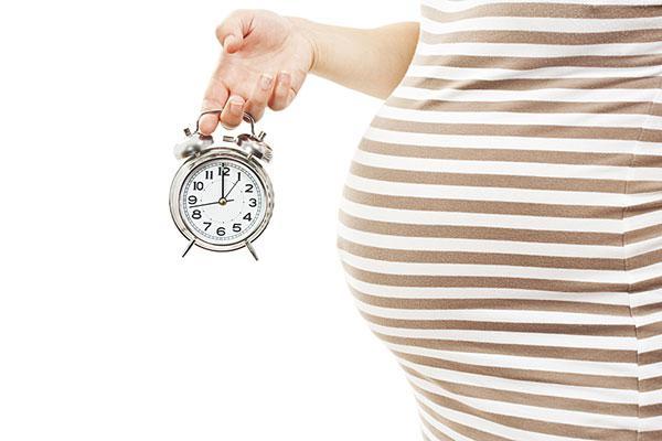 Врачи научились определять точную дату родов