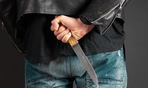 Житель Уфы напал с ножом на врача «скорой»