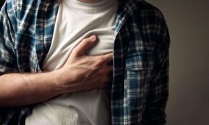 Медики: людям с болезнями сердца нужно двигаться каждые 30 минут