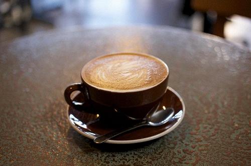 Каждый из нас хоть раз задумывался над вопросом: вреден ли кофе?