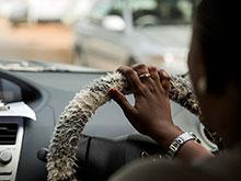 Водители и продавцы на рынке попали в список онкологически опасных профессий