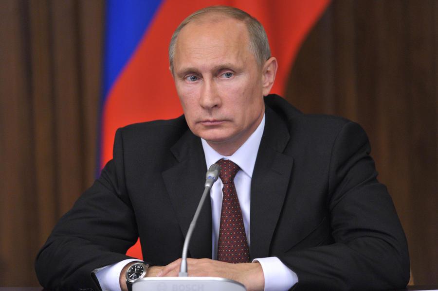 Путин поручил проработать вопрос принудительного лицензирования ЛС