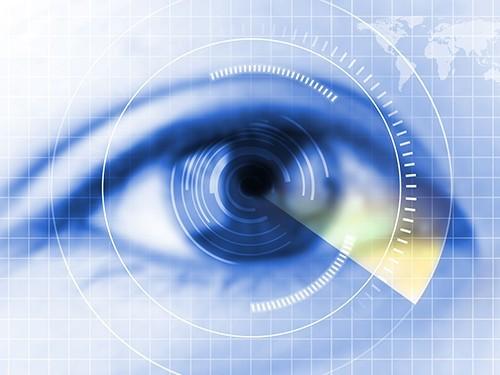 Глазные линзы со встроенным сенсором отследят прогрессирование глаукомы