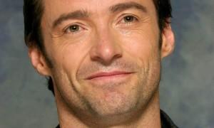 Актер Хью Джекман продолжает борьбу с раком кожи