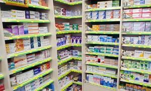 Лекарства могут начать продавать в супермаркетах