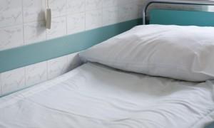 В мурманской больнице пациенту предложили разместиться в палате с мертвым соседом
