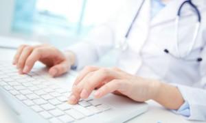 Врачи московских поликлиник выписывают в электронном виде более 80% рецептов