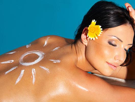 Солнцезащитный крем может провоцировать рак