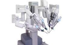В России впервые провели трансплантацию почки с помощью робота-хирурга