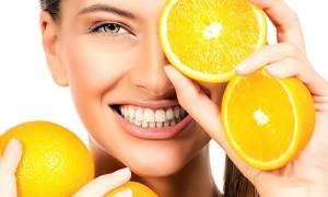 Витамин С защищает от катаракты