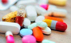 Минпромторг представит в июне предложения о регулировании цен на дешевые ЖНВЛП