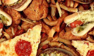 Жирная пища провоцирует агрессивный рак предстательной железы
