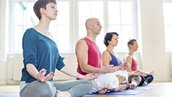 Ученые предлагают лечить боль в спине… медитацией