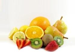 Даже в небольших количествах свежие фрукты очень полезны для сердца и сосудов