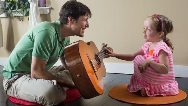 Клиники США делают ставку на музыкальных терапевтов