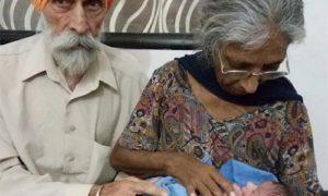 70-летняя жительница Индии родила ребенка