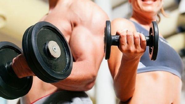 Отдых между упражнениями помогает нарастить мышечную массу