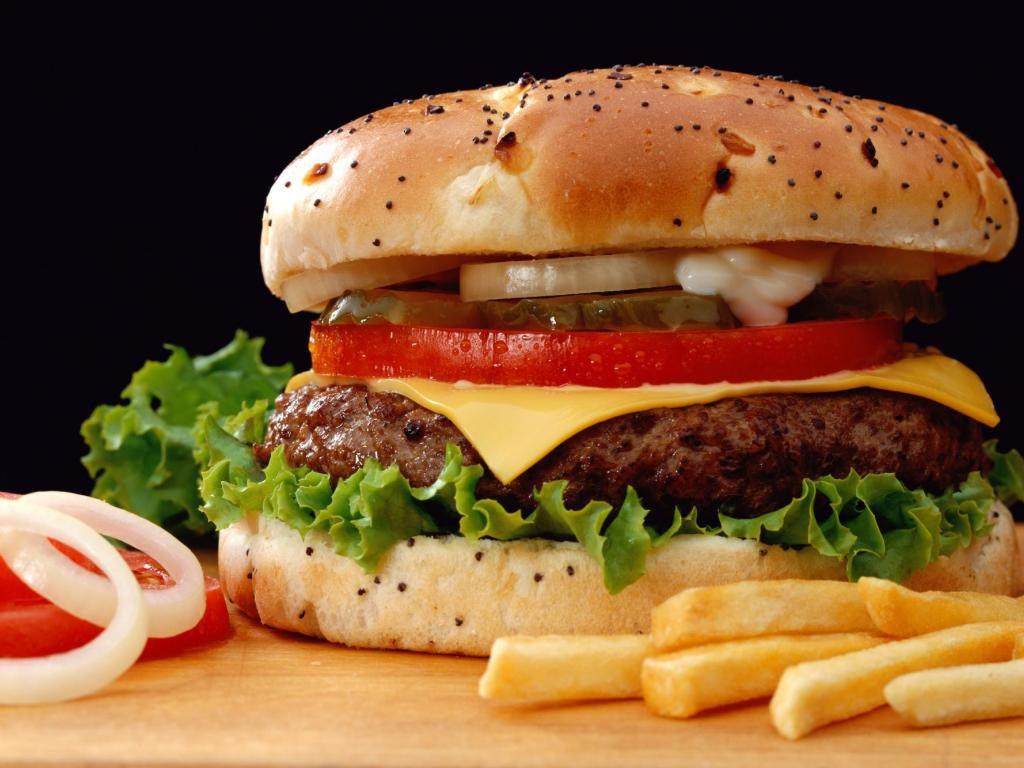 Еда из фастфудов повышает риск развития диабета