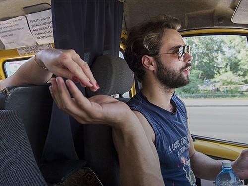 На Алтае водители маршруток хотят пройти акушерские курсы