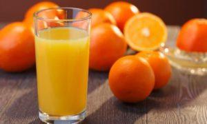 Апельсиновый сок уничтожает зубную эмаль