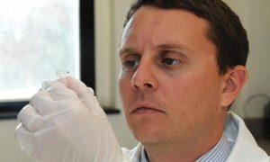 Лечебные контактные линзы заменят глазные капли