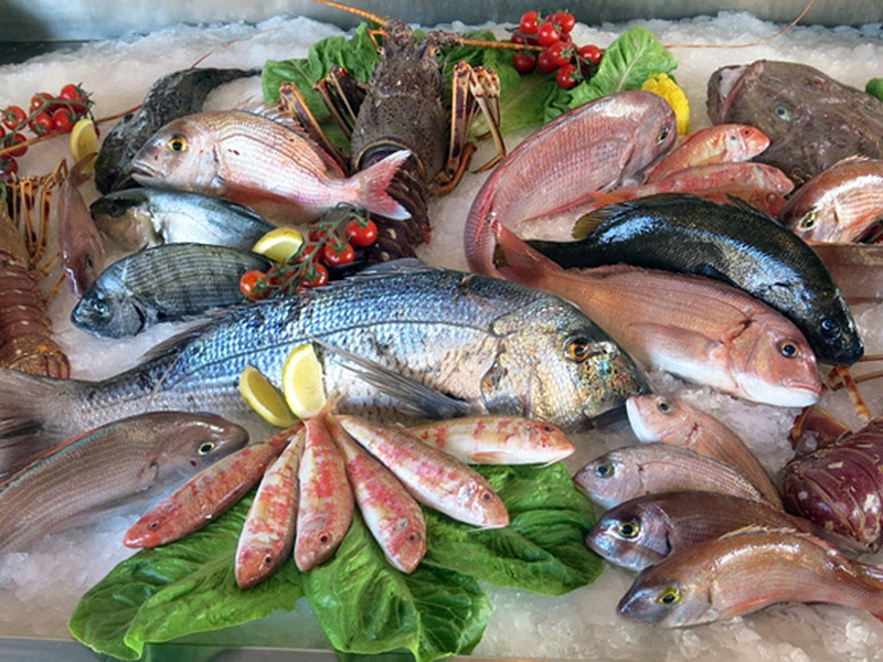 Употребление рыбы снижает риск развития рака груди