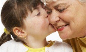Забота о внуках и помощь окружающим продлевают жизнь