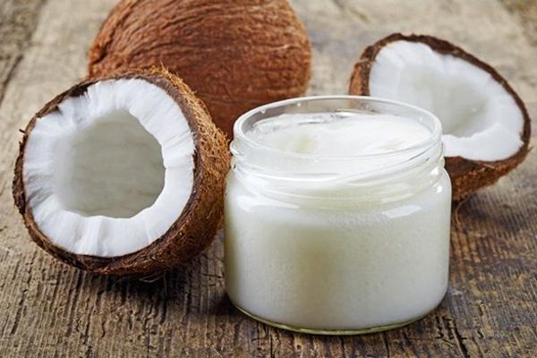 Кокосовое масло защитит от кариеса