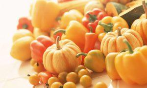 Оранжево-красные овощи и фрукты защищают от рака груди