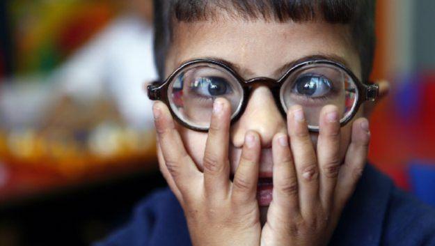Забудьте об очках! Линзы-импланты избавят от дальнозоркости