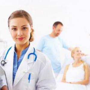У молодых врачей реже, чем у длительно практикующих умирают пациенты с тяжелыми заболеваниями