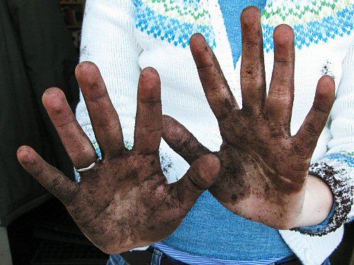 Немытые вовремя руки медработника серьезно увеличивают риск распространения инфекций в стенах больницы