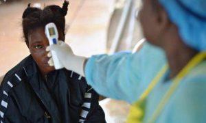 Лихорадка Эбола оставляет шрамы на сетчатке глаз