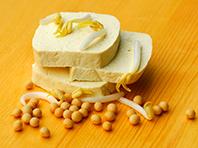 Тофу и соевые продукты спасут от преждевременной менопаузы