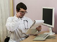 Медики не хотят работать в государственных клиниках, показал опрос