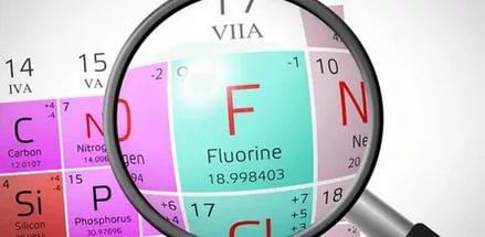 Существуют доказательства положительного влияния на чувствительность зубов ионов фтора