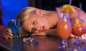 Употребление алкоголя повышает риск возникновения рака молочной железы