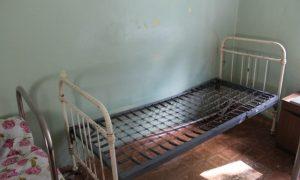 Пациенты смоленской поликлиники жалуются на невыносимые условия