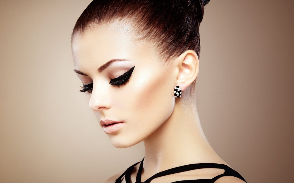 Перманентный макияж. Образовательный курс на современном уровне