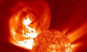 Смоленский медик рассказала, как улучшить самочувствие после мощнейшей вспышки на Солнце